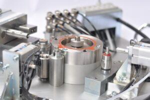 DAM Group Machine de test d'étanchéité - ilot robotisé